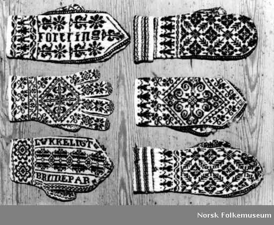 Vintage Norwegian mittens from digitalt museum