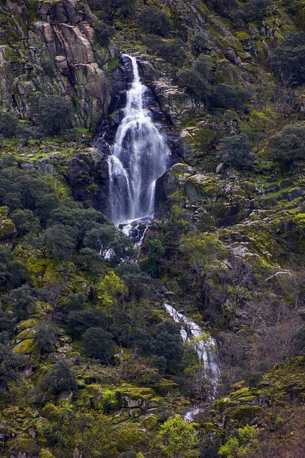 Cascada en la Garganta del Diablo. .. Valle del Jerte