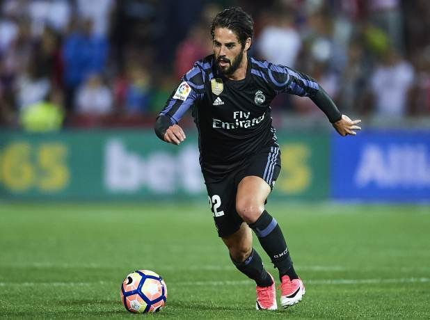 Isco reacts badly to Real Madrid warm up refusal claims vs Barcelona          By means of   Benjamin Newman    Created on: December 23 2017 eight:04 pm  Closing Up to date: December 23 2017  eight:04 pm   Actual Madrid Zero  Barcelona Three  Barcelona took an important step against lifting the L. a. Liga identify on Saturday.  Objectives from Luis Suarez Leo Messi and Aleix Vidal secured an enormous 3 issues at Actual Madrid.  Cristiano Ronaldo had a function dominated…
