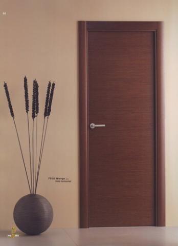 Puerta interior moderna madera 7000 wenge veta horizontal for Precios de puertas de madera para interior