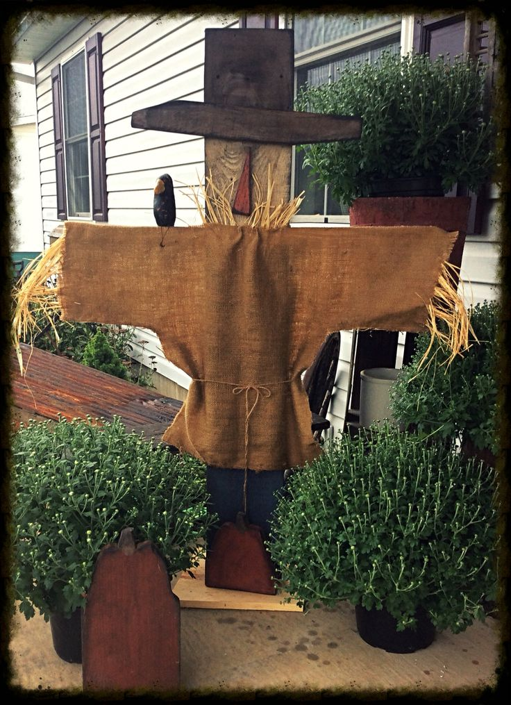 Standing scarecrow, Pass Thyme Primitives