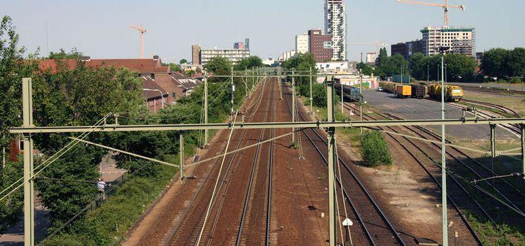 Het spoor bij Van Gend & Loosterrein - Spoorzone 013