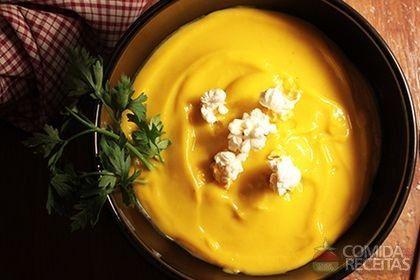 Receita de Sopa de abóbora com gengibre especial em receitas de sopas e caldos, veja essa e outras receitas aqui!