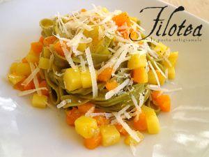 Fettuccine agli spinaci con zucca e patate