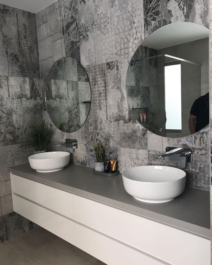 How about these tiles in the bathroom at our Carnoustie Project - the photos definitely don't do them justice with the simple muted tones of the remainder of the room they create such a striking space to bath!  A great choice by the @identical.developments boys  We will be featuring this project this week as it has an Auction on this Sat 14 Oct so could be yours!! Carnoustie Project - design by @littlebrickstudio built by @identical.developments styling by @innatehome  real estate listing…