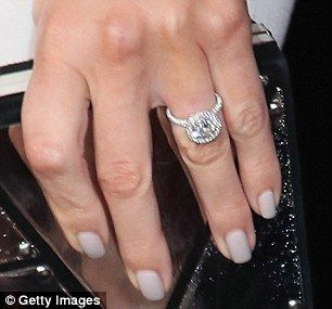 So shiny:Maria got engaged last March to Keven Undergaro, who proposed with a custom ring from Jean Dousset
