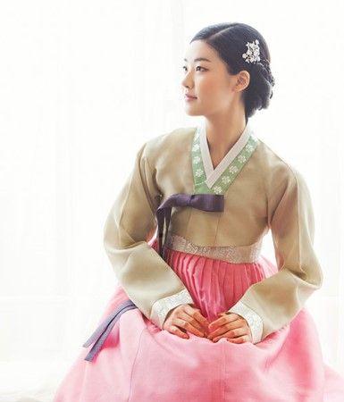 Hanbok- Korean traditional dress