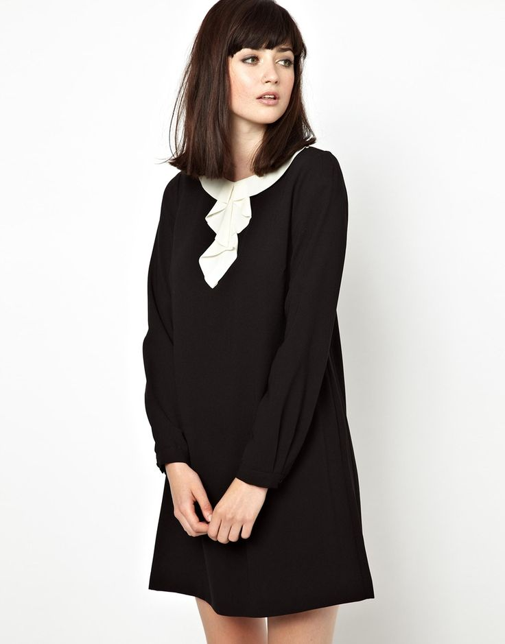 €142, Vestido Casual Negro y Blanco de Boutique By Jaeger. De Asos. Detalles: https://lookastic.com/women/shop_items/79719/redirect