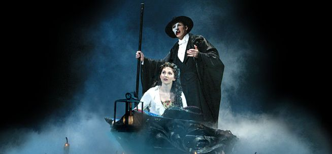 Phantom of the Opera Broadway Musicals in New York City - Tickets to Phantom of the Opera Broadway Shows - NYC Broadway Musical Vacations #AerieFNO