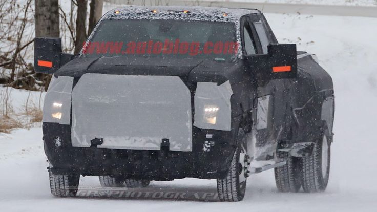 2020 Chevy Silverado HD and Dually caught in winter testing