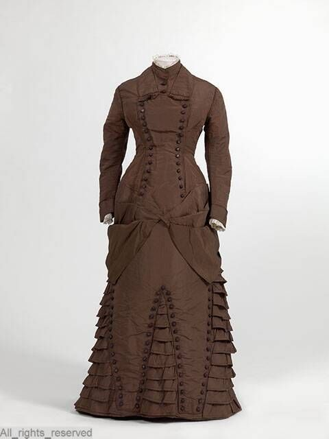 Maternity Dress 1875-1885 Netherlands MOMU via Europeana Fashion
