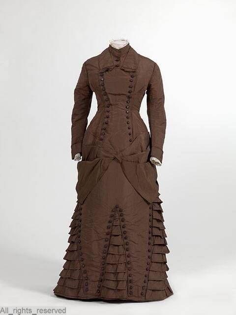 Maternity Dress 1875-1885 Netherlands MOMU via Europeana Fashion