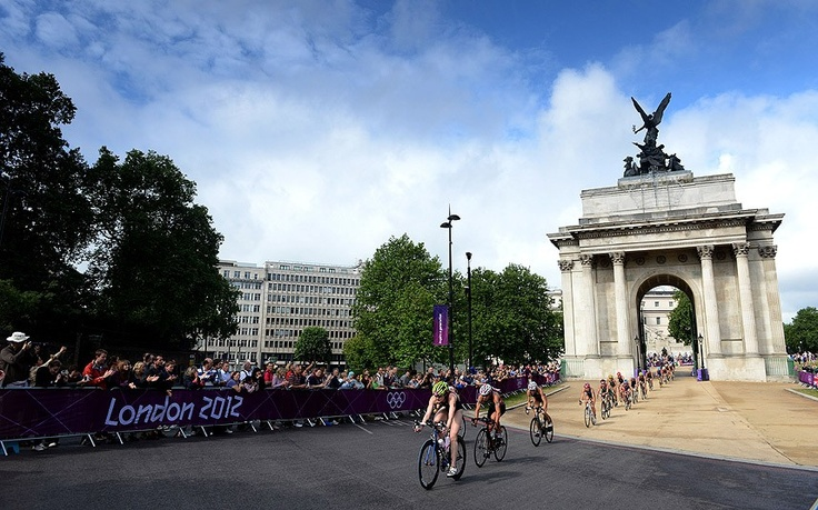 Triathlon action from the London 2012 Olympic Games - Team GB's Lucy Hall leads the bikes through Wellington Arch
