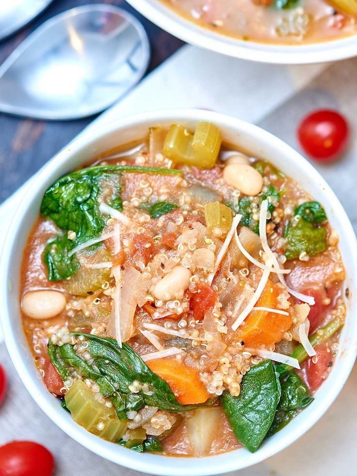 This quinoa minestrone is so healthy, full of flavor, and loaded with pancetta, vegetables, quinoa, pesto, and white wine