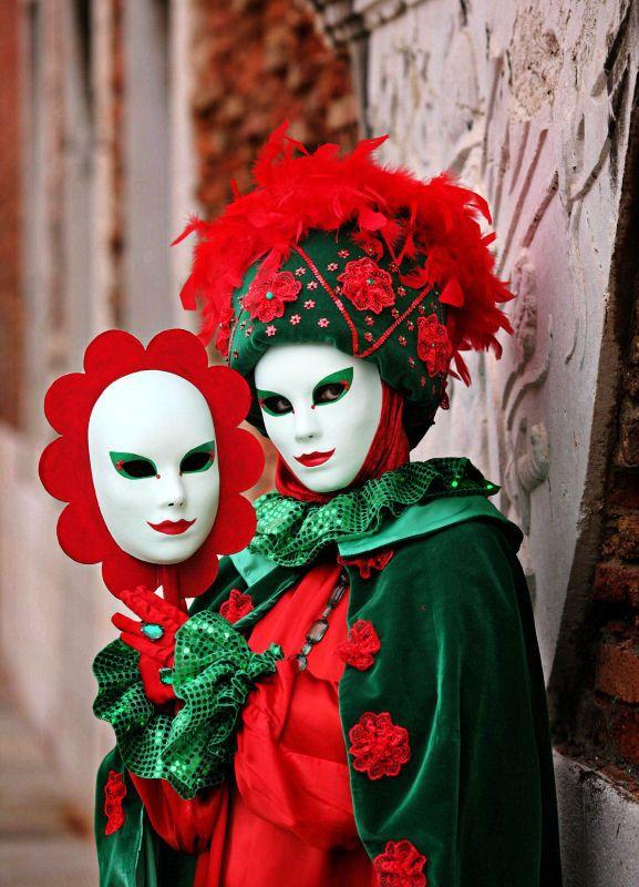 1000 ideas about masque carnaval on pinterest coloriage masque masque de carnaval and masque - Masque de carnaval de venise a imprimer ...