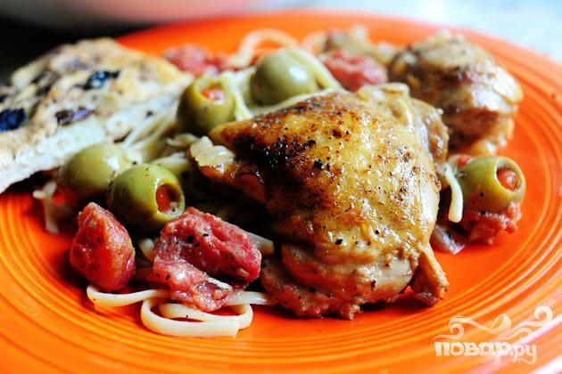Курица с оливками
