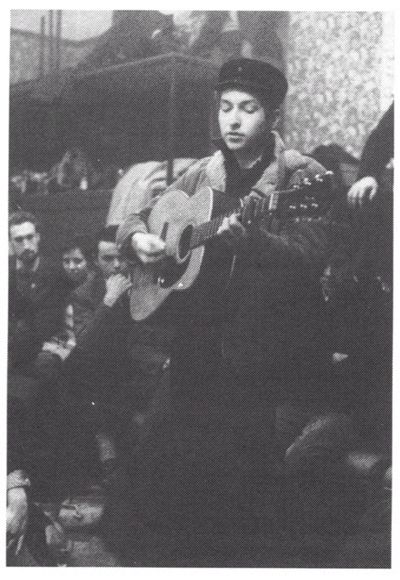 December 22, 1962 – Bob Dylan performs at London's Singers Club 4