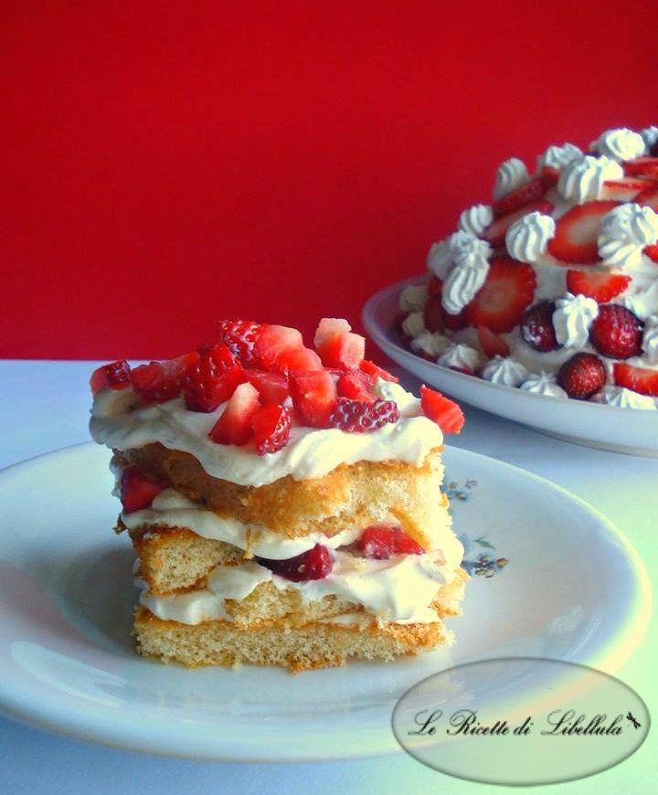 #Cupola di #fragole e #panna #pandispagna #ricetta #GialloZafferano #BlogGZ