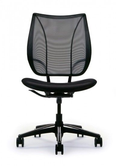 The Humanscale Liberty mesh chair, with its unique Form-Sensing Mesh Technology, is unlike any mesh chair you've sat on before. Its Mesh back fits the contouring of the body via its tri-panel construction, and naturally offers perfect lumbar support for everyone seated.com.au #seated #liberty #mesh #office