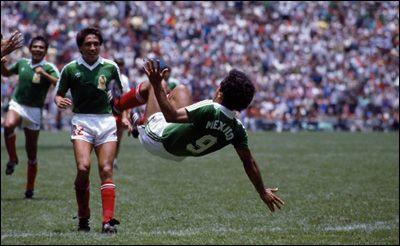 Group stage,Hugo Sanchez celebrate with a salto,Mexico beat Belgium 2-1
