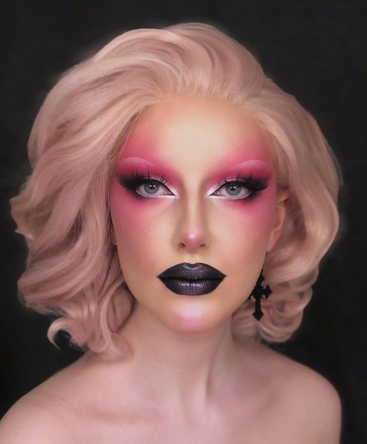Not so pretty in pink Drag Queen Makeup, Drag Makeup, Scary Makeup, Pink Makeup, Ugly Makeup, Makeup Shayla, Bold Makeup Looks, Creative Makeup Looks, Circus Makeup
