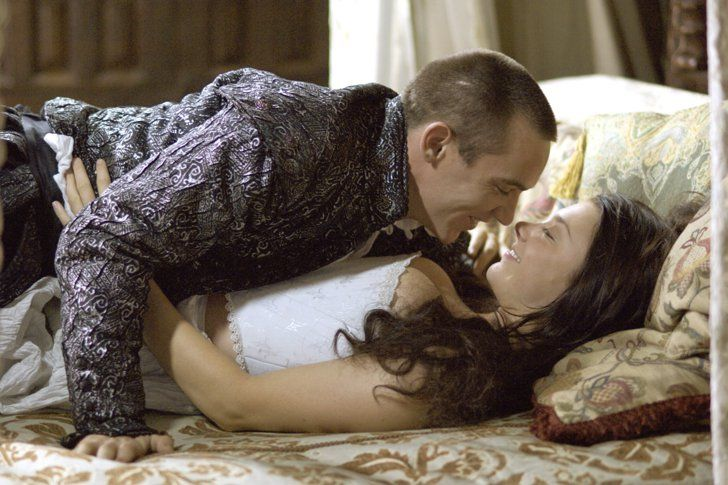 11 Sex-Fueled TV Shows You Can Stream on Netflix Right Now The Tudors The Tudors is set in 16th-century England's royal court. Its plot revolves around controversy, betrayal, and sex.