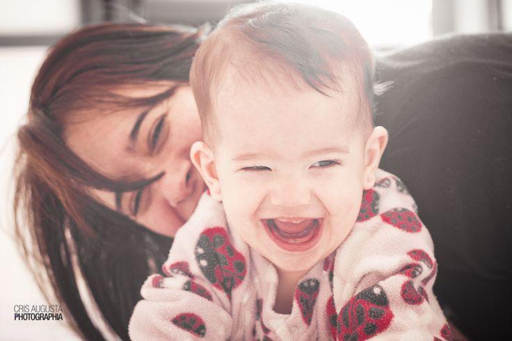 Fiquei muito feliz de ter sido escolhida para fazer o ensaio de acompanhamento da Clara e o resultado está em seu lindo sorriso