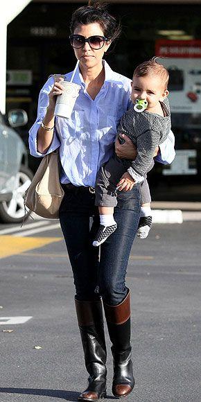 KOURTNEY KARDASHIAN photo | Kourtney Kardashian..I want those boots for winther...