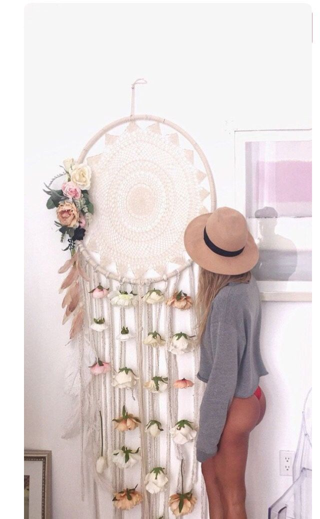DIY large dream catcher; love this!
