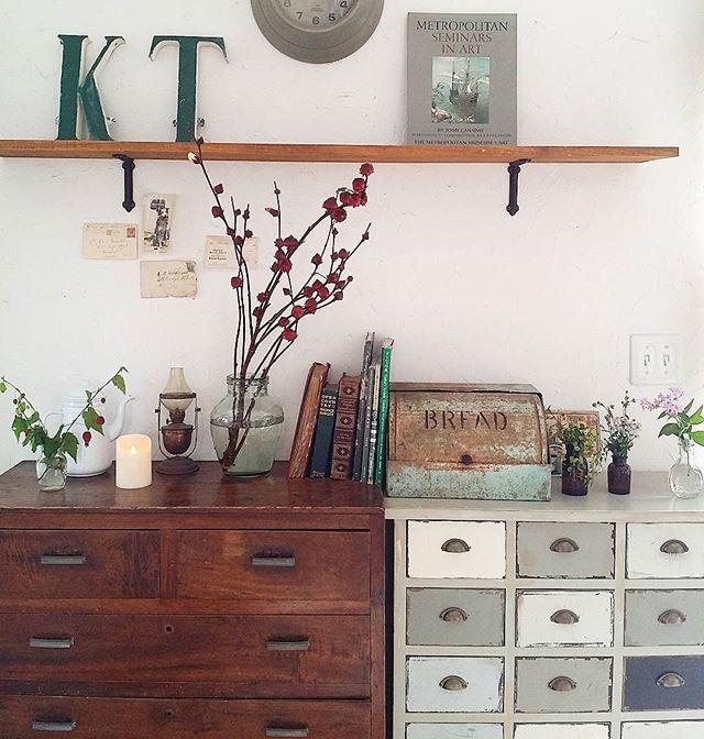 お部屋を彩るインテリア!チェストを置いて雰囲気と収納力を上げましょう! | folk