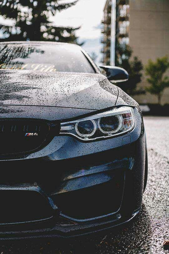 BMW F82 M4 black rain