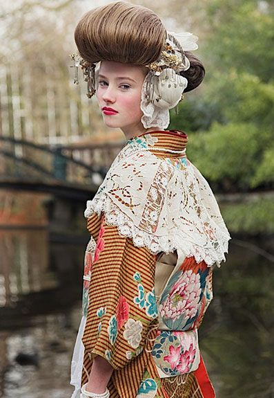 """Mamechiyo's is renowned for her use of Western patterns and retro motifs reinterpreted and meshed in her own Kawaii aesthetic through which she redefined the traditional kimono. Sourcing vintage fabrics, designing her own textiles and mostly making an accurate coordination she creates cutting-edge playful kimonos."""