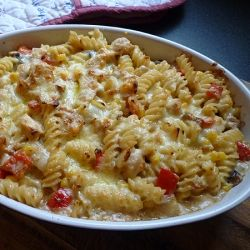 Creamy Chicken Pasta Bake by abbe101
