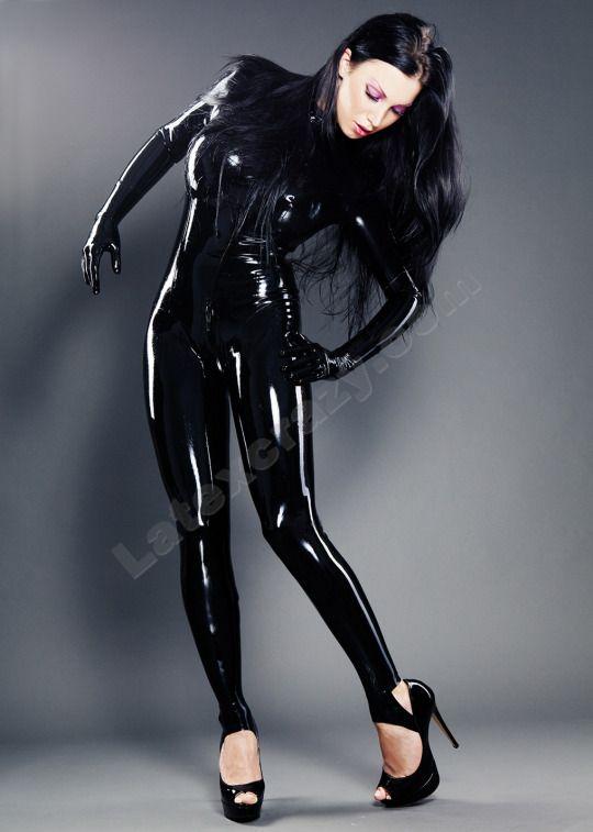 sex kontaktanzeigen berlin catsuit high heels