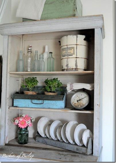 shabby shabby shabby: Kitchens Shelves, Kitchen Shelves, Decor Ideas, Vintage Kitchens, Shabby Shabby, Shabby Kitchens, Plates Racks, Shabby Chic Shelves, Chicken Feeders