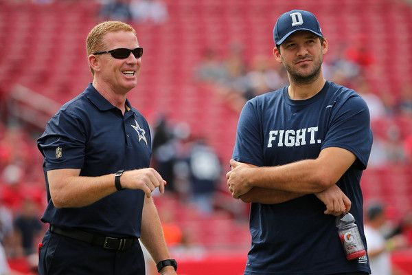 Tony Romo Photos Photos - Head coach Jason Garrett and  Tony Romo #9 of the Dallas Cowboys looks on during a game against the Tampa Bay Buccaneers at Raymond James Stadium on November 15, 2015 in Tampa, Florida. - Dallas Cowboys v Tampa Bay Buccaneers
