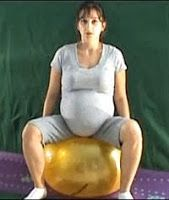 ćwiczenia w ciąży, ciąża, ćwiczenia po ciąży, postpartum exercises, pregnant exercises, stretching, ćwiczenia rozciągające, ćwiczenia na klatkę piersiową, ćwiczenia na nogi, ćwiczenia brzucha, ćwiczenia kształtujące, ćwiczenia z laską, ćwiczenia z piłką body ball, ćwiczenia z kijkami, ćwiczenia nóg, ćwiczenia uda, ćwiczenia rąk, ćwiczenia ramion, ćwiczenia barków, ćwiczenia w wodzie, pływani w ciąży,