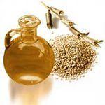 КУНЖУТНОЕ МАСЛО  Лёгкое по консистенции и сладковатое на вкус кунжутное масло богато витаминами, цинком и особенно - кальцием. Поэтому его успешно используют для профилактики остеопороза и сердечно-сосудистых заболеваний. Кунжутное масло, известное еще как «Сезамовое», было очень популярно еще в далекой древности и всегда ценилось своими целебными, гастрономическими и косметическими свойствами. В канонах врачебной науки» Абу-Али-Ибн Сино (Авиценна) приводит около сотни рецептов основанных…