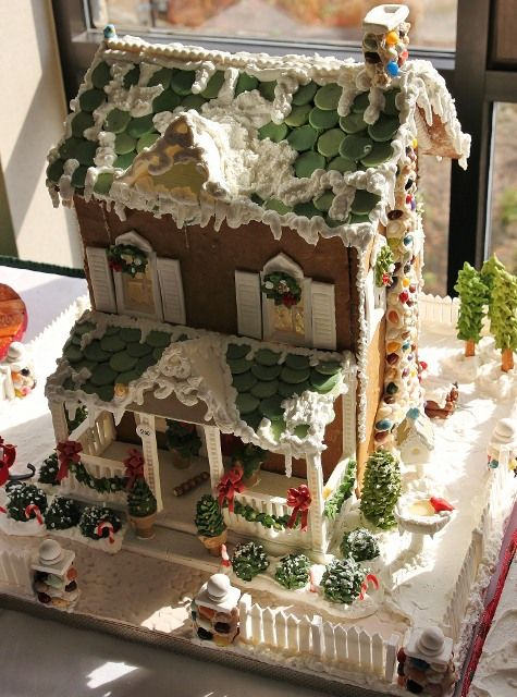 I can't wait to make a Ginger Bread House this year!!!