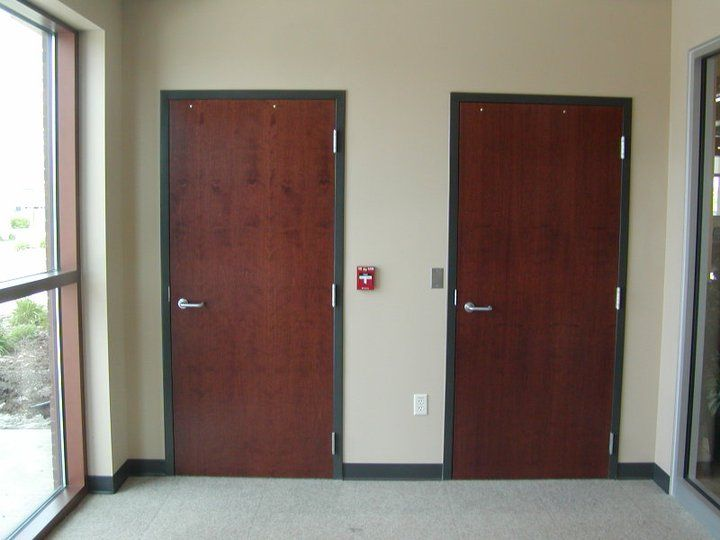 Love the hardware ware on these wood doors located at Citzens First Credit Union.  & 13 best Oshkosh Door Company images on Pinterest | Doors We and ... pezcame.com