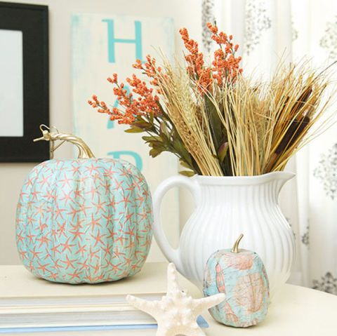 Summer might be over (sad face), but you can still bring the beach into your home with this simple pumpkin design.