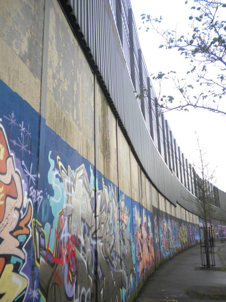 Belfast Peace Wall (Belfast, Northern Ireland)