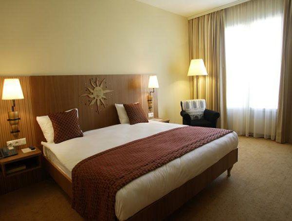 Best Bedroom Decoration Ideas Images On Pinterest Beds Uk - Grand king bed