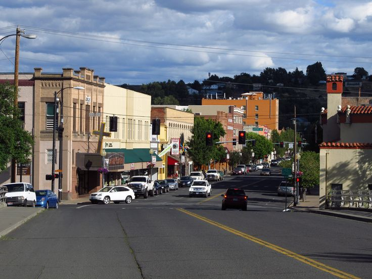 This beautiful Oregon town will blow you away with its fascinating history and charm. Pendleton oregon