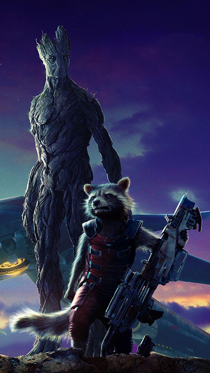 """Guardianes de la Galaxia"" wallpaper. Bradley  Cooper as Rocket Raccon & Vin Diesel as Groot."