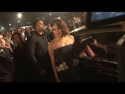 Priyanka Chopra @ IDEA FILMFARE AWARDS 2014.