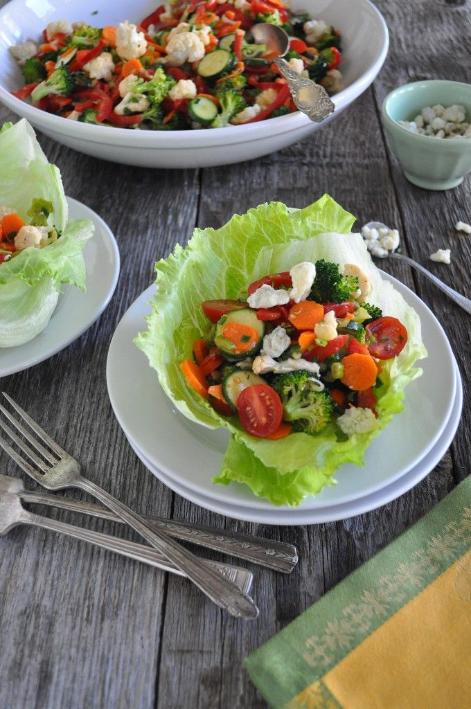 Marinated Fresh Vegetable Salad: Completely Raw without the cheese