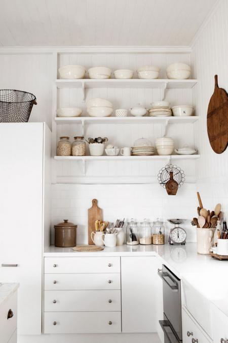 white kitchen open shelving jun13