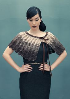 Pattern for one and two colour capelet