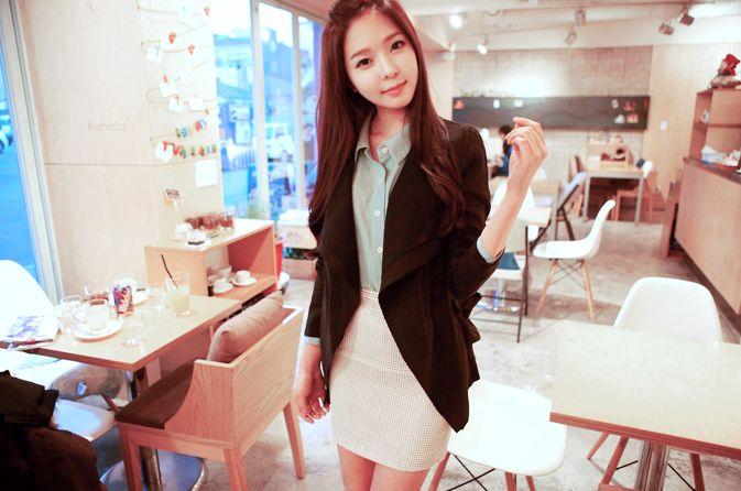 #professional #kfashion #female #skirt #cafe
